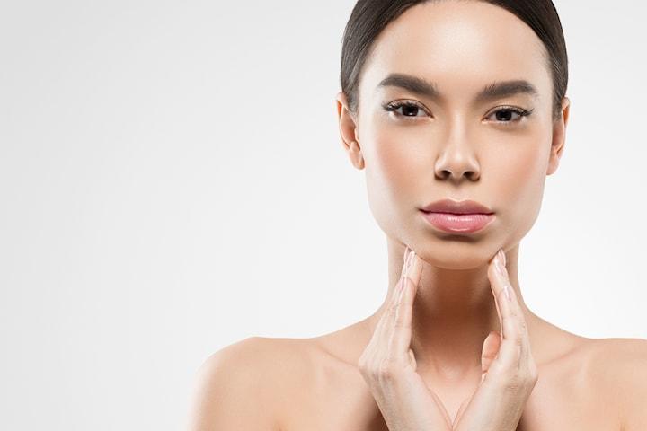 Klassisk dyprens som passer alle hudtyper inkludert spesialmaske hos Just Skin by H
