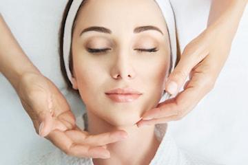 60 min koreansk ansiktsløft-massasje hos Clery Beauty