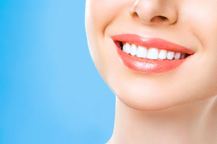 Tandundersökning med tandstensborttagning inkl. Air-flow