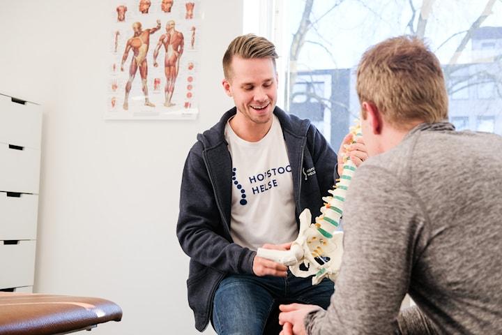 Undersøkelse/behandling hos fysioterepaut, kiropraktor og osteopat hos Hopstock Helse