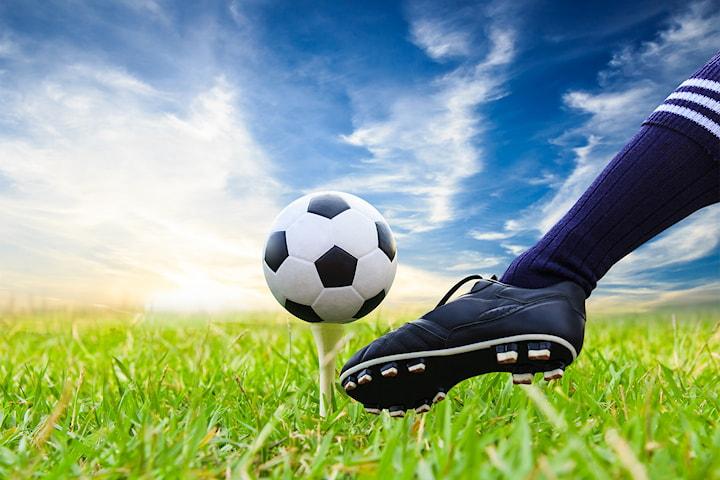 Prøv 18-hulls fotballgolf for 1 til 8 personer! En av Europas raskest voksende idretter