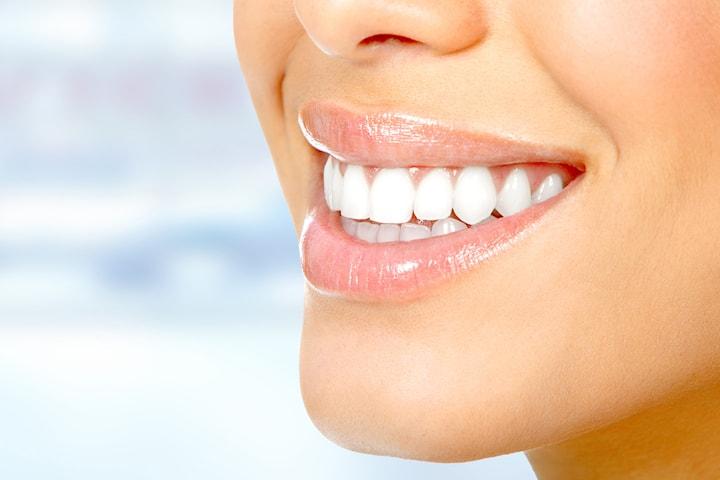 Profesjonell tannbleking med komplett tannlegeundersøkelse