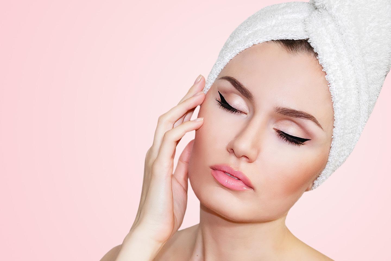 60 min komplett ansiktsbehandling/ hudpleie hos eksklusive Hud og Hår klinikken (1 av 1)