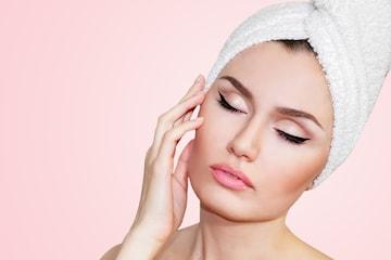 60 min komplett ansiktsbehandling/ hudpleie hos eksklusive Hud og Hår klinikken
