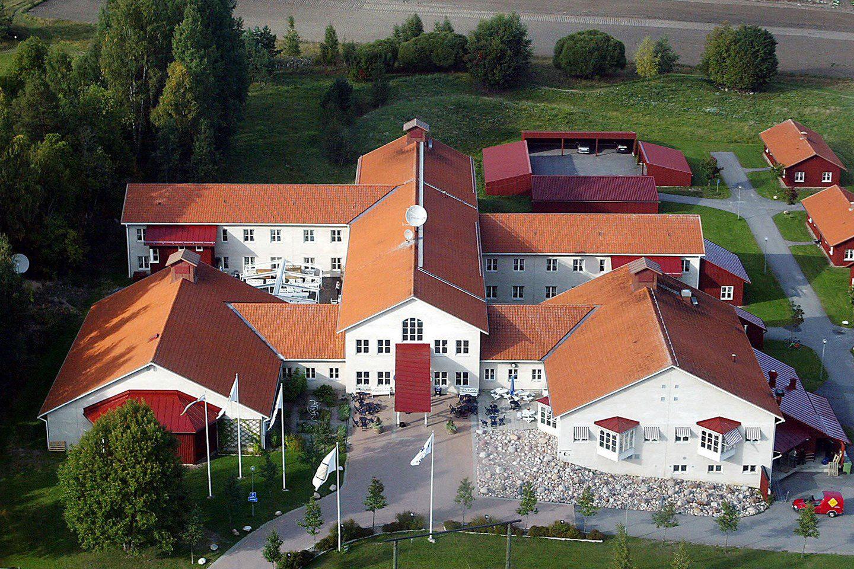 Övernattning inkl. frukost för 2 på Högbo Brukshotell (1 av 9)