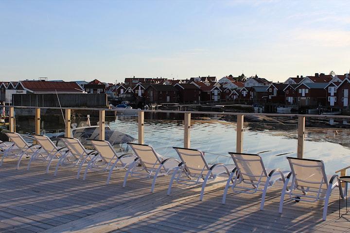 Weekendpaket: Sea Lodge Smögen för 2-4 personer inkl. middag