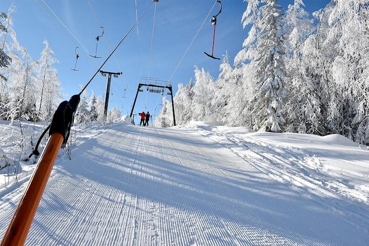 Skidsemester på Hassela Ski Resort