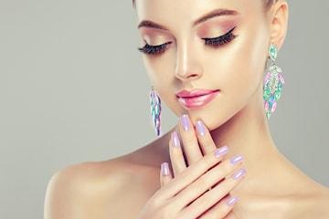 Komboset: Nytt set naglar och nytt set fransar