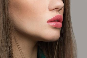 Fillerbehandling lepper hos Permantent Makeup Senter