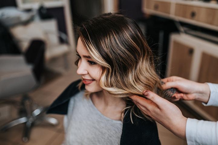 Klippning med slingning/balayage/ombre hos Salong Hair Beauty på Avenyn