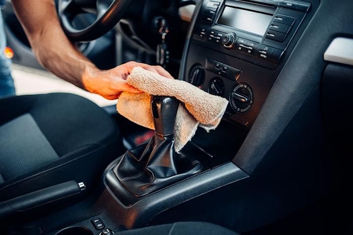 Total innvendig rens av bilen hos AN Autosenter