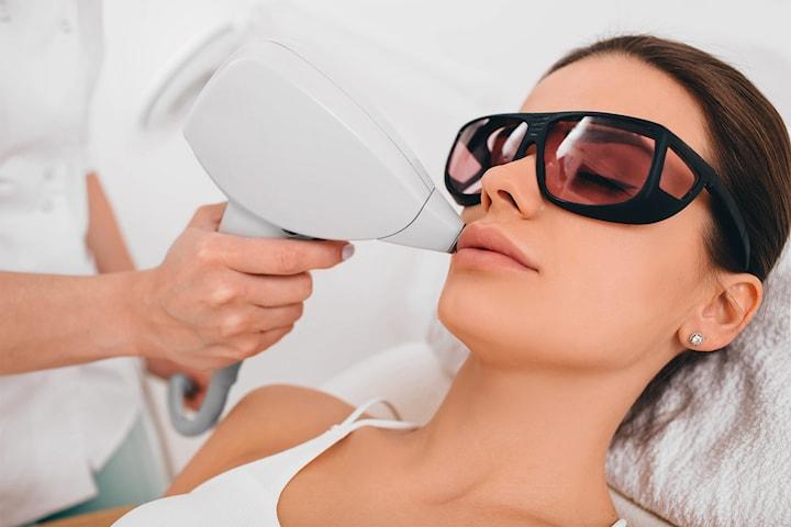 Hårfjerning av overleppe med laser hos Beleza & Beauty