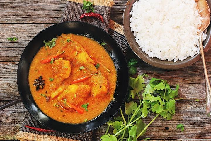 Lunchbuffé inkl. dryck, sallad och kaffe hos Bengal Kitchen