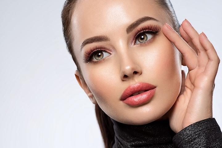 Slier du med acne, pingmenteringer, åreknuter eller synlige aldringstegn? Bli kvitt disse med IPL/SSR behandling hos AM Esthetic Clinic