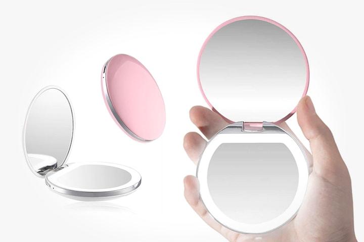 Sminkspegel med LED-ljus
