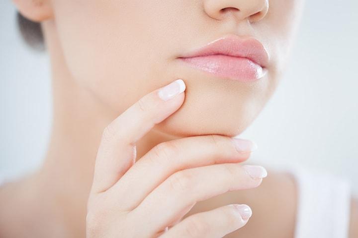 Medisinsk injeksjon utført av lege hos eksklusive Skin Aesthetics