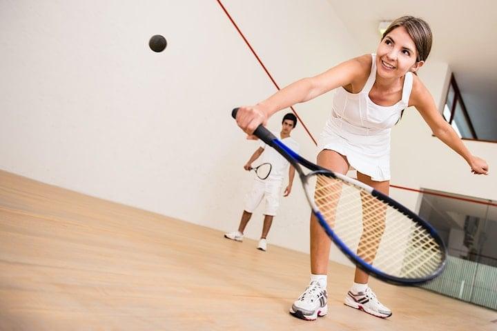 Spela squash inkl. boll och racket – gå 2 betala för 1