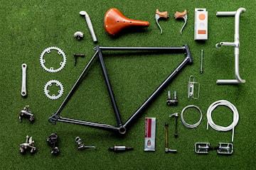 Reserver time til sykkelreparasjon hos Vintage Velo. Velg mellom vanlig sykkel eller el-sykkel
