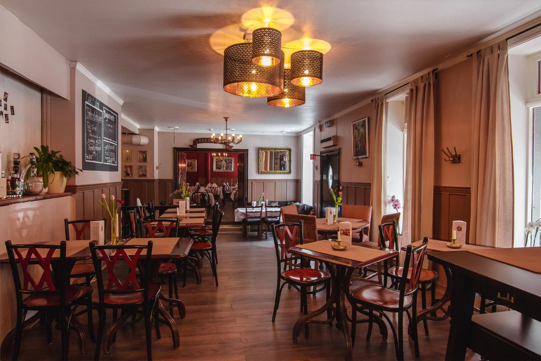 Valgfri hovedrett for to personer hos Café Mistral på Majorstuen