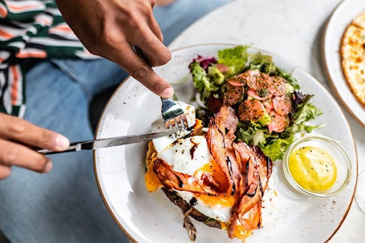 Lyxig Club Sandwich på Daily's Bistro S:t Eriksplan