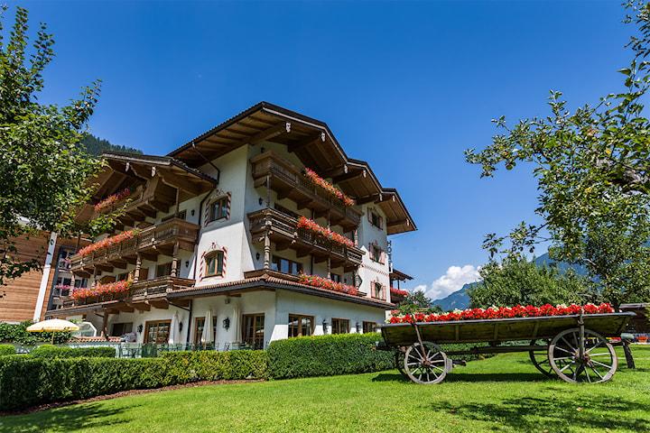 Sommer i Alpene: Gutshof Zillertal for to personer