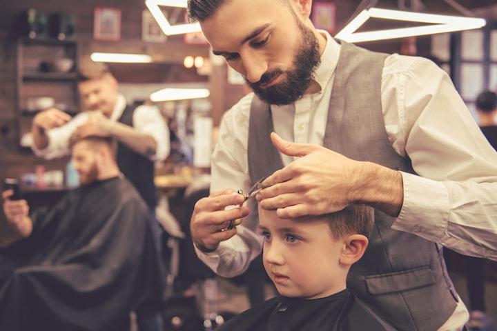 Barnklippning samt klippning för kort hår inkl. rakning