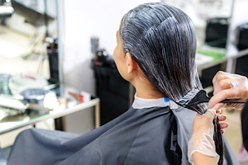 Farg håret hos Pastel Frisør