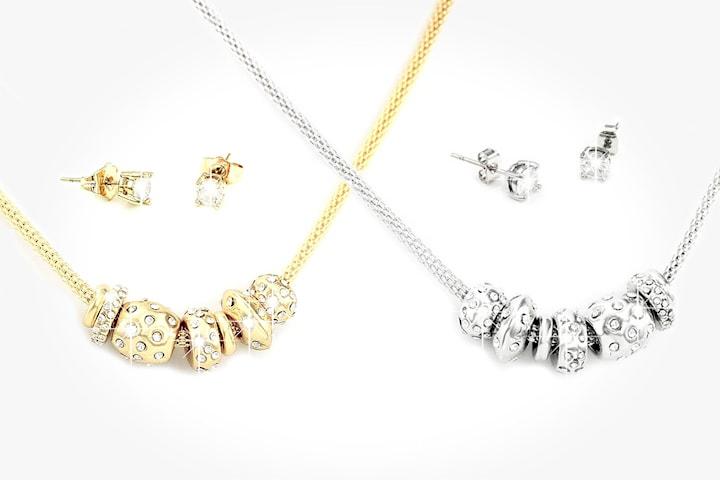 Smyckesset med halsband och örhängen