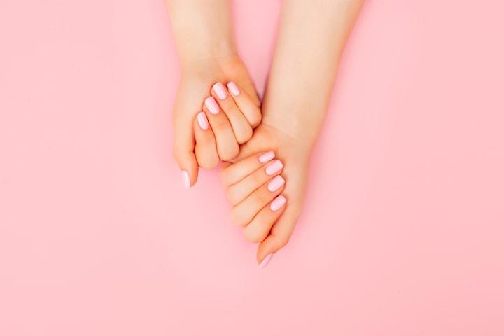 Fixa naglarna hos Zoja på Beauty Vanity Clinic