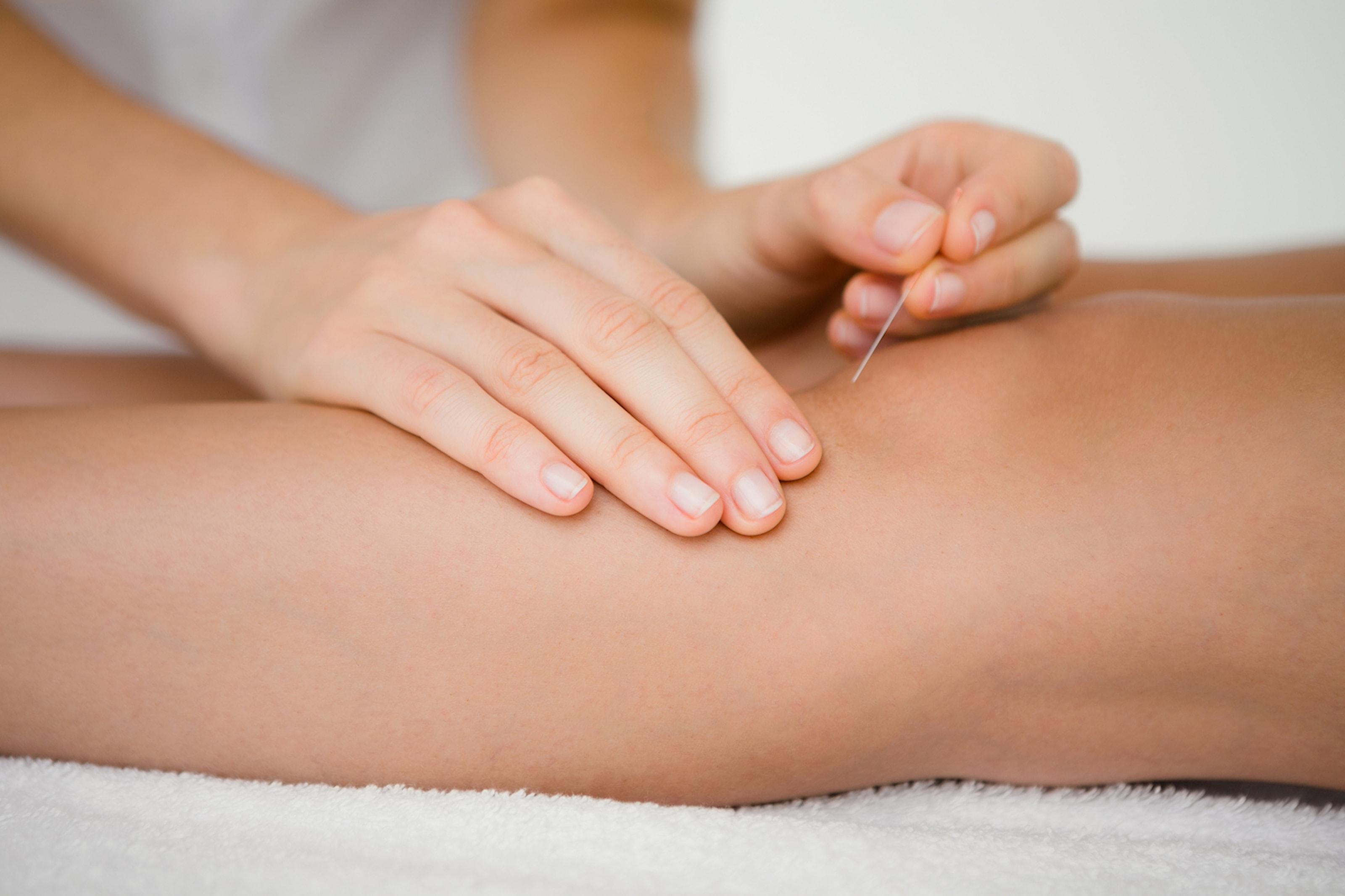 Akupunktur, massage eller ljusterapi