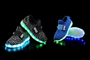 Barnskor med LED-ljus