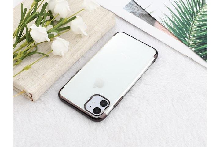 Elektropläterat TPU-skal iPhone 11 med två skärmskydd.