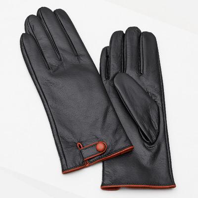L, Lady Button, Gloves in leather Lady & Men, Skinnhansker i ekte saueskinn, ,  (1 av 1)