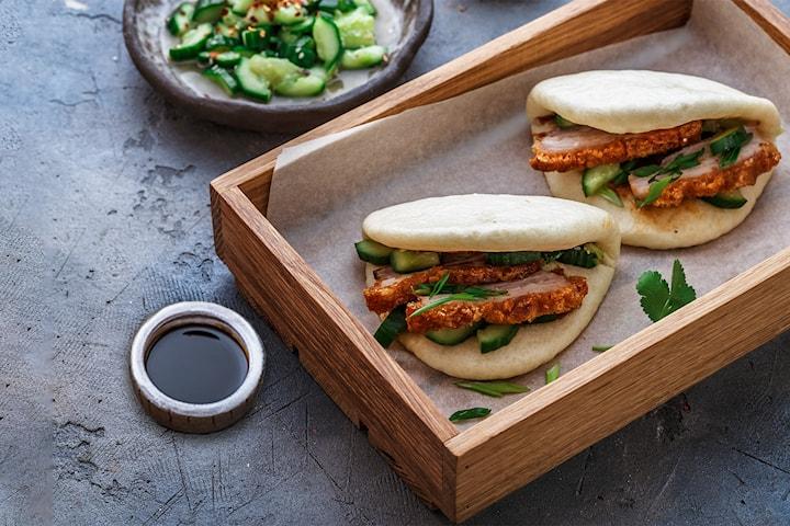 Kreativ asiatisk lunsjmeny inkl drikke og kaffe hos Sugar & Spice på Vinslottet