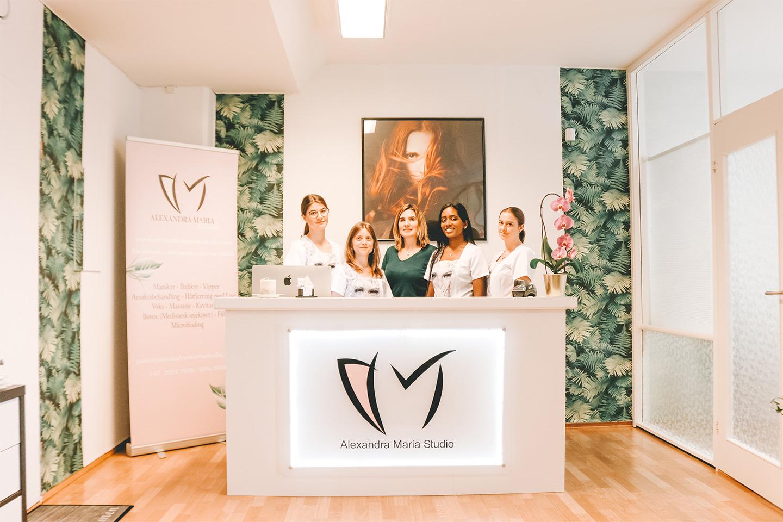 Stram opp kroppen med lymfedrenasje på valgfritt område hos Alexandra Maria Studio