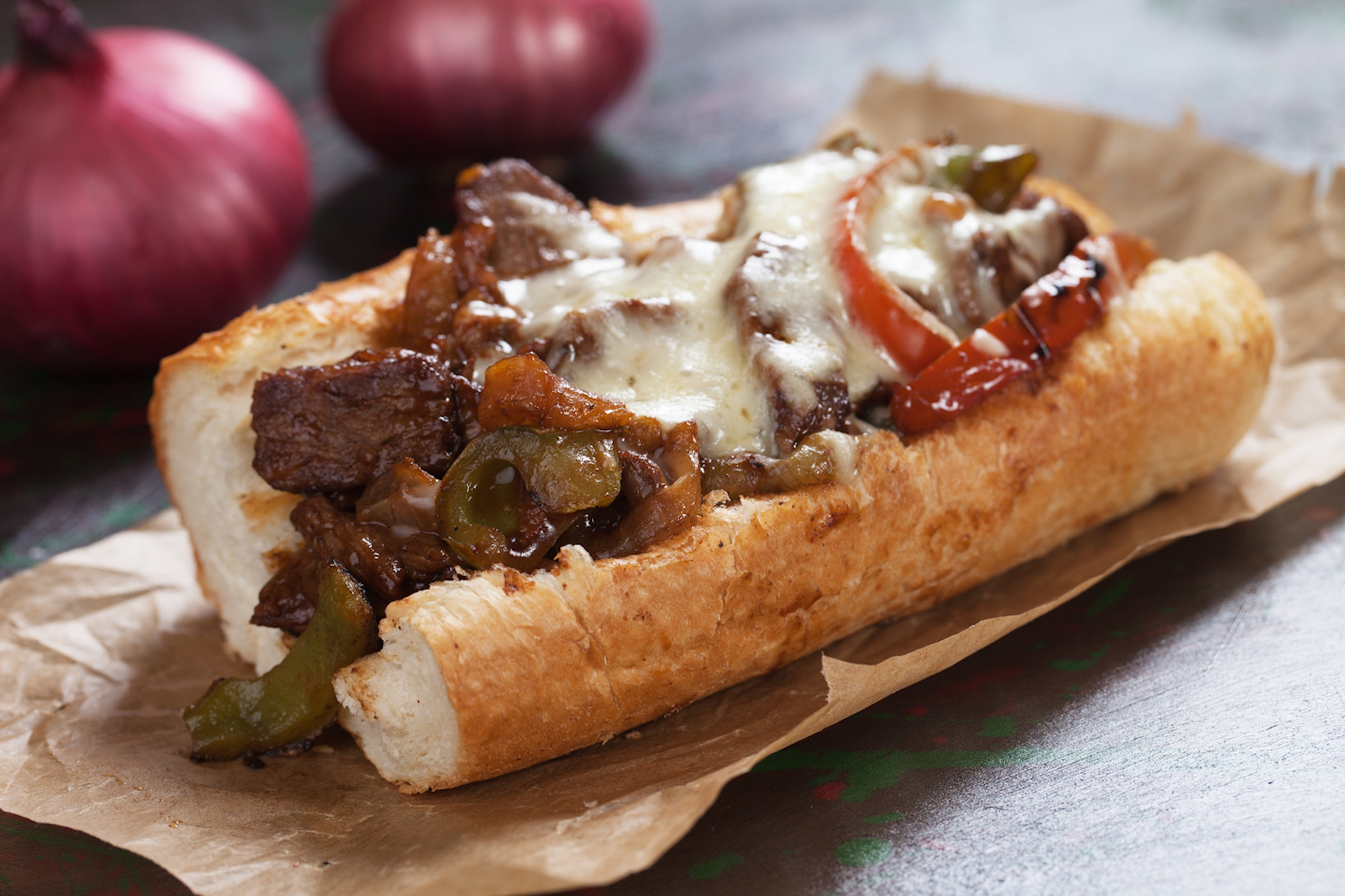 Sandwich hos nyöppnade Steak n cheese & co