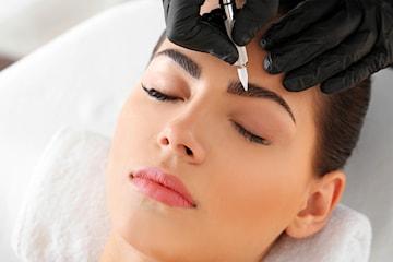 Permanent makeup - lipliner, full lip, bryn eller eyeliner hos Plasma Couture & Beauty, sentralt på Frogner