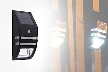 Solcellelampe med bevegelsessensor
