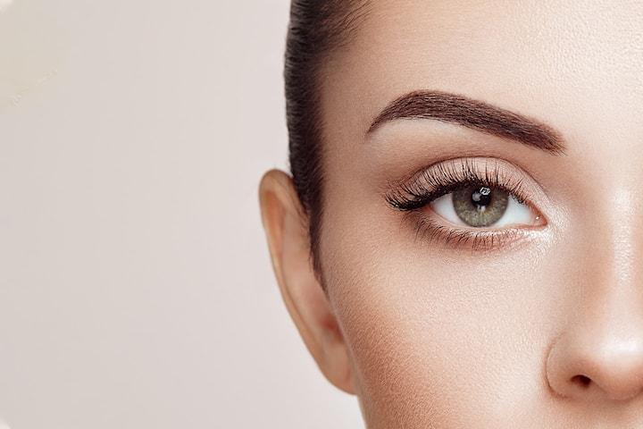 Se yngre og friskere ut med øyelokksløft hos Derma Medica, sentralt på Frogner