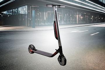 Elektrisk sparkesykkel Ninebot by Segway ES4 hos Versatile Electric