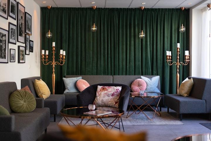 Middagspaket för 2 inkl. natt på Best Western Plaza Hotel Eskilstuna