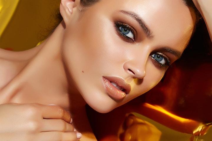Velg mellom ulike vippebehandlinger eller brow lamination utført av Concept Hair