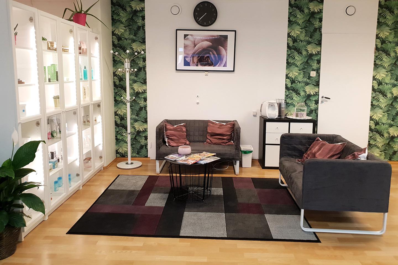 Fotpleie inkludert fotbad hos Alexandra Maria Studio i Nydalen