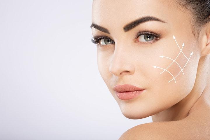 Ansiktsløft med HIFU-metoden på ansikt og hals