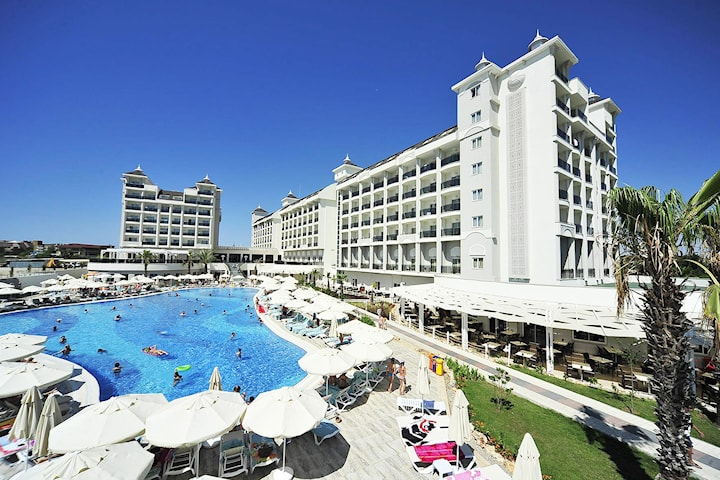 Ultra all inclusive i Turkiet inkl. flyg