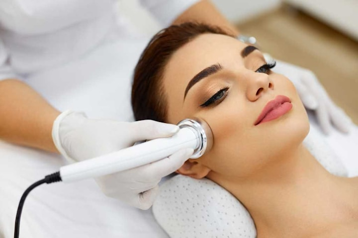 Hudföryngring med nålfri mesoterapi