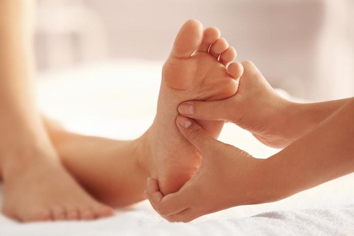 Vårdande fotmassage hos Improve skin