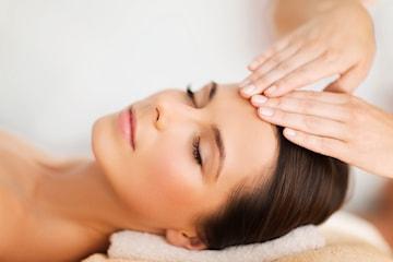 Kjemisk peeling hos Apame - gir deg ny glød og ren, frisk hud